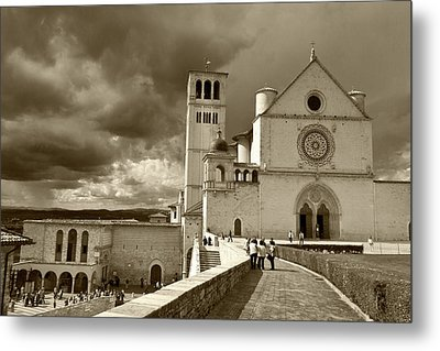Basilica Of San Francesco Metal Print by John Hix