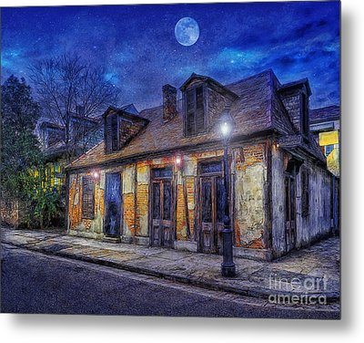 Evening At The Blackmiths Metal Print by Ian Mitchell