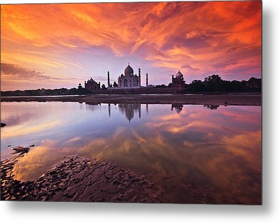 .: The Taj :. Metal Print by Photograph By Ashique
