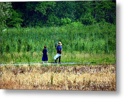 Amish Brother And Sister Metal Print by Randy Matthews