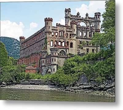 Bannerman Castle On Pollepel Island In The Hudson River New York Metal Print by Brendan Reals