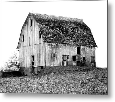 Barn On The Hill Bw Metal Print by Julie Hamilton