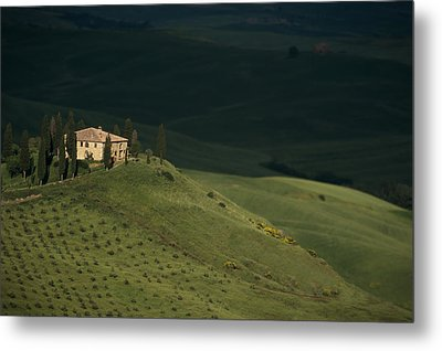 Belvedere House Metal Print by Andrew Soundarajan