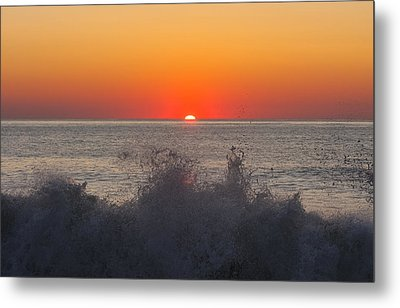 Breaking Wave At Sunrise Metal Print by Allan Levin