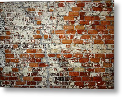Brick Wall Metal Print by Les Cunliffe