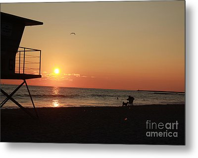 Metal Print featuring the photograph End Of The Day by Kim Pascu