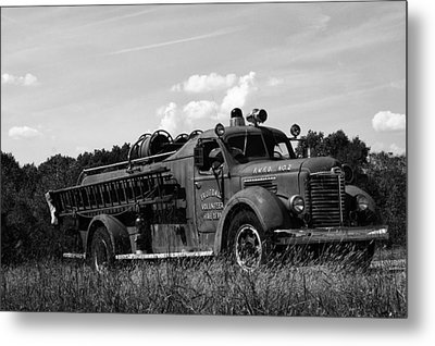 Fire Truck 2 Metal Print by Off The Beaten Path Photography - Andrew Alexander
