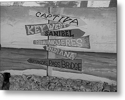 Fort Myers Beach Mural Metal Print by Michiale Schneider