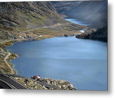 Glacial Lake Metal Print