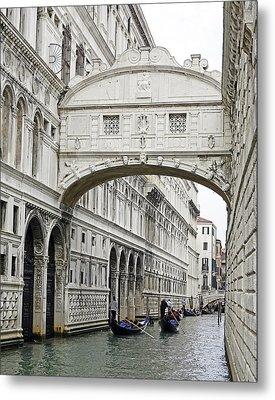 Gondolas Going Under The Bridge Of Sighs In Venice Italy Metal Print by Richard Rosenshein