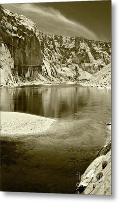 Metal Print featuring the photograph Hidden Cove by Pete Hellmann