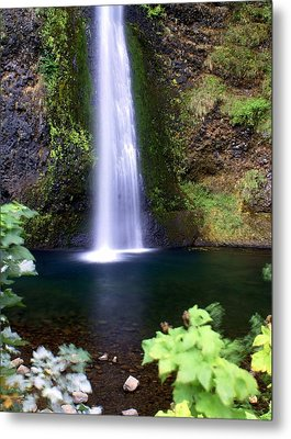 Horsetail Falls Metal Print by Marty Koch