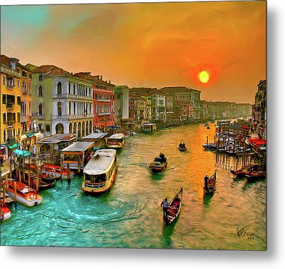 Metal Print featuring the photograph Imbarcando. Venezia by Juan Carlos Ferro Duque