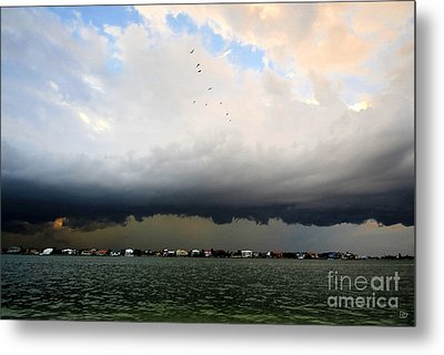 Into The Storm Metal Print by David Lee Thompson