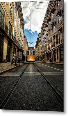 Metal Print featuring the photograph Light by Jorge Maia