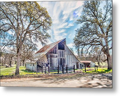 Mccourtney Barn Metal Print by William Havle
