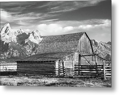 Metal Print featuring the photograph Moulton Homestead - Barn by Colleen Coccia