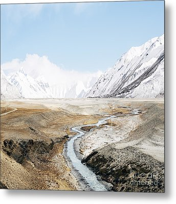 Metal Print featuring the photograph Mount Everest by Setsiri Silapasuwanchai