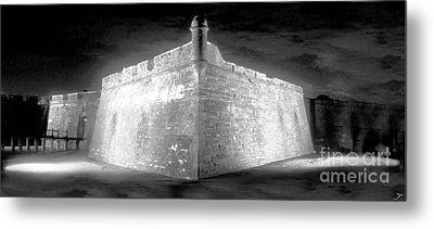 Night At The Castillo Metal Print by David Lee Thompson