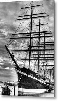 Penn Landing Metal Print by JC Findley
