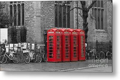 Phonebox In Red Metal Print by David Warrington