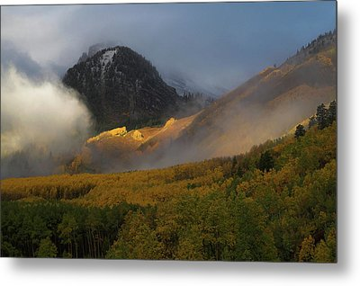 Metal Print featuring the photograph Siever's Mountain by Steve Stuller