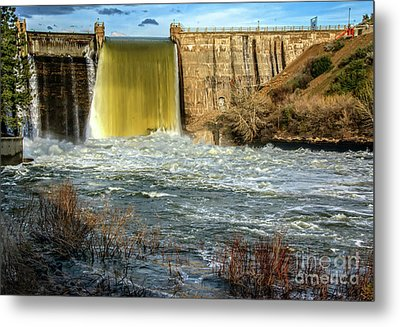 Metal Print featuring the photograph Spring Flow by Robert Bales
