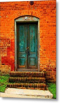 The Green Door Metal Print by Bob Whitt
