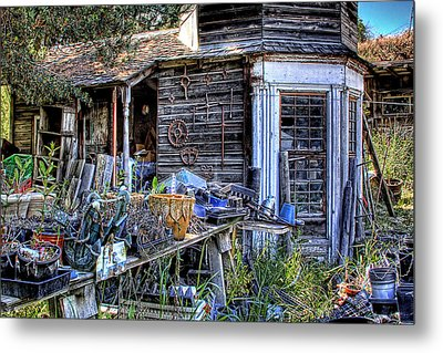The Old Shed Metal Print by David Patterson