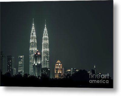 Metal Print featuring the photograph Twin Towers by Charuhas Images