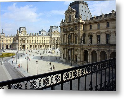 Walking At The Louvre Metal Print