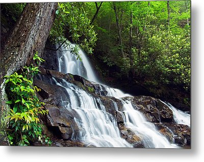 Water Cascading Over Rocky Cliffs Metal Print by Panoramic Images