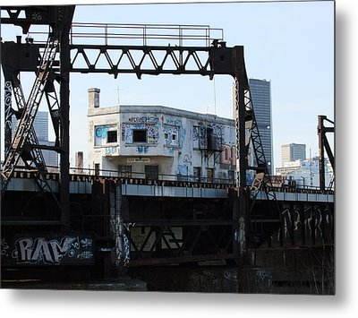 Wellington Station Metal Print by Robert Knight