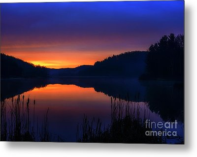 Metal Print featuring the photograph Winter Dawn by Thomas R Fletcher