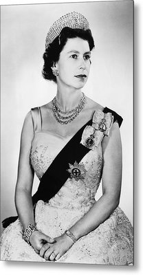 British Royalty. Queen Elizabeth II Metal Print by Everett