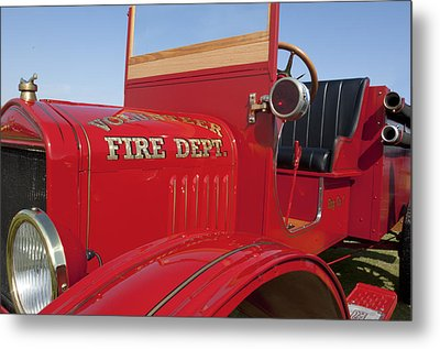 1919 Volunteer Fire Truck Metal Print by Jill Reger