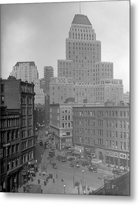 Metal Print featuring the photograph 1929 Summer Street In Dock Square Boston by Historic Image