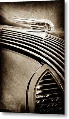Metal Print featuring the photograph 1936 Pontiac Hood Ornament -1140s by Jill Reger