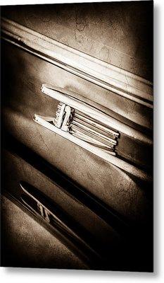 1942 Lincoln Zephyr Coupe Emblem -1215s Metal Print