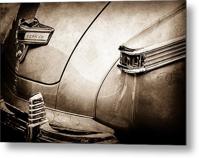 1942 Lincoln Zephyr Coupe Taillight Emblem -1516s Metal Print