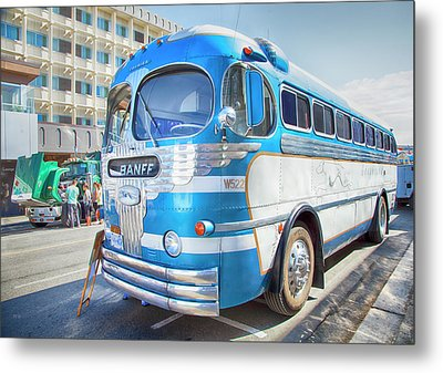 1946 Greyhound Metal Print by Theresa Tahara