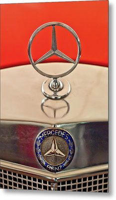1957 Mercedes-benz 220 S Hood Ornament Metal Print by Jill Reger