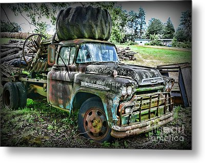 Metal Print featuring the photograph 1959 Chevrolet Viking 60 by Paul Ward