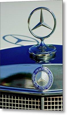 1965 Mercedes 220 Se Cabriolet Hood Ornament Metal Print by Jill Reger