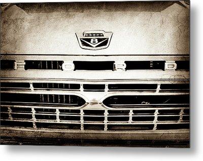 1966 Ford F100 Pickup Truck Grille Emblem -113s Metal Print