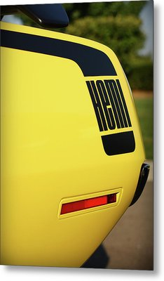 1970 Plymouth Hemi Cuda Drivers Rear Hockey Stripe Metal Print by Gordon Dean II