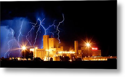 Budweiser Lightning Thunderstorm Moving Out Crop Metal Print by James BO  Insogna