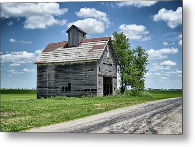Metal Print featuring the photograph Excursion by Tom Druin