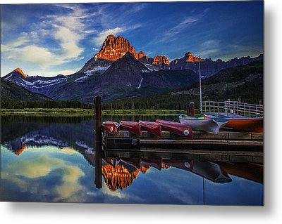 Morning In The Mountains Metal Print by Andrew Soundarajan