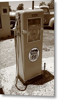 Route 66 Gas Pump Metal Print by Frank Romeo